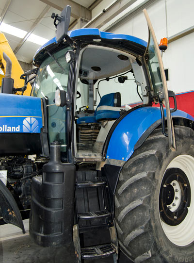 Tractor-NH-2